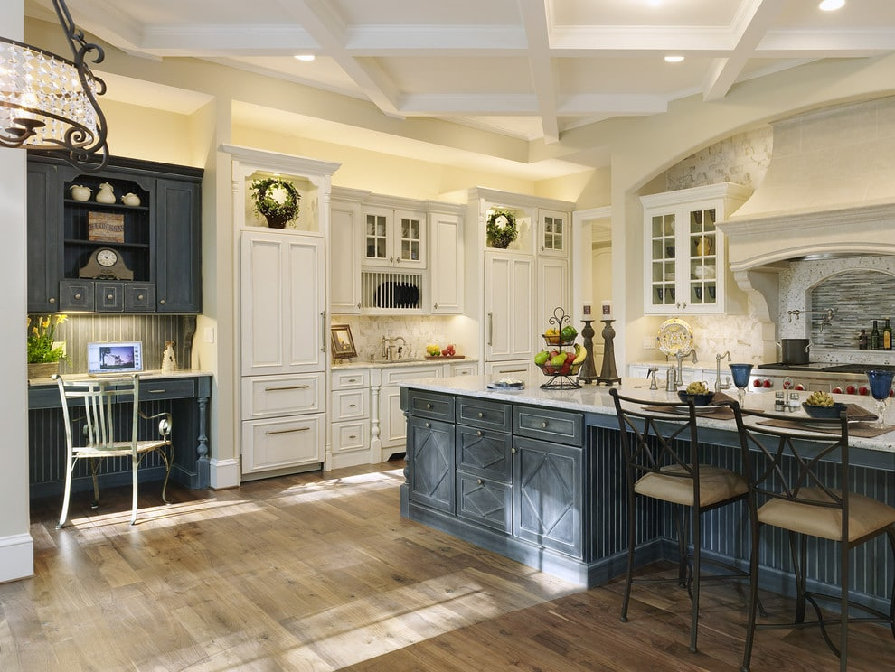 The Advantages Of Soft Close Hinges And Slides In Kitchen