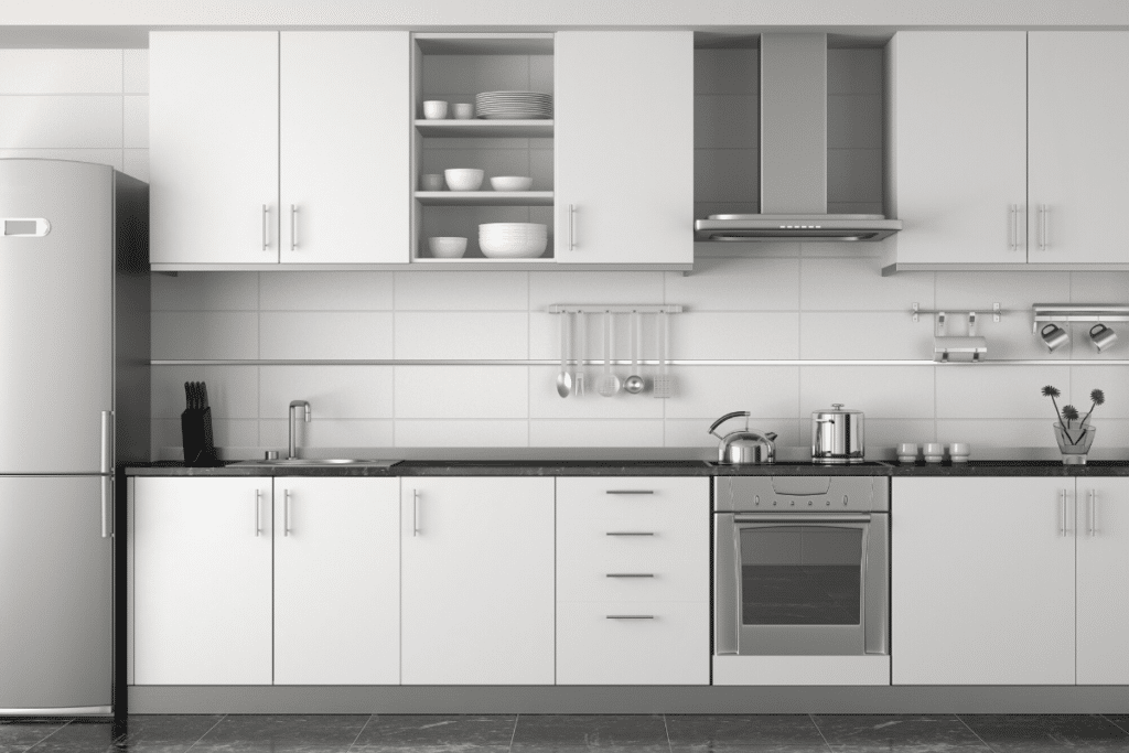 White Kitchen Cabinets Stay Cleaner