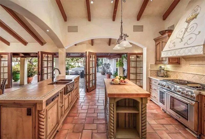 Southwestern Kitchen
